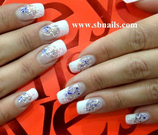 Curso de art nails oferta na compra do kit de art nails no valor de 55€ Para marcar a sua formação basta ver qual a loja SBNails de sua prefrencia em www.sbnails.com